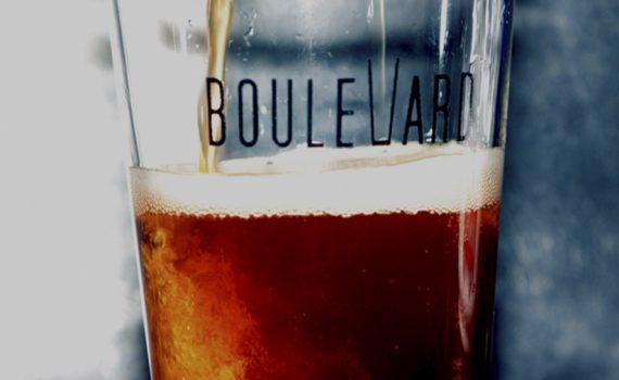 Cerveceria-Boulevard-Irun-Servir-Una-Cerveza-Destacada
